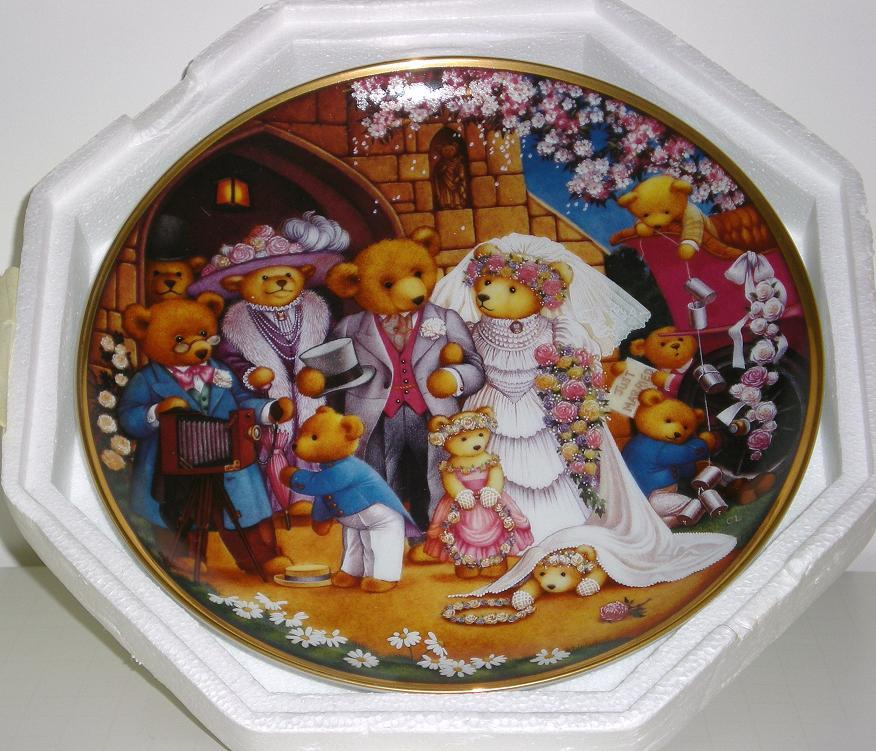 The Franklin Mint Teddy Bear Wedding Decorated Plate 1990
