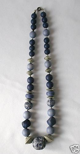 "18"" Classy Blue & Silver Beaded Necklace - Very Nice!"
