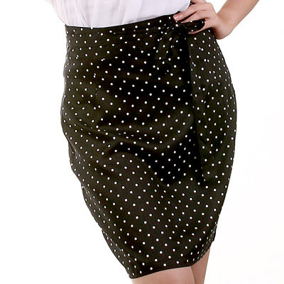 Joanne Black and White Polka Dot Skirt: 6, 10 [SALE ITEM]