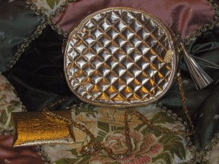 Gold_purses_016