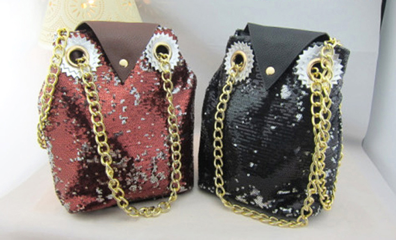 Sequins_owl_bag_black_burgundy_group