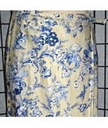 Versatile Pretty Blue Floral on Beige Linen/Ray... - $24.00