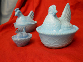 2 Vintage Westmoreland Blue Milk Glass Hens On ... - $32.45