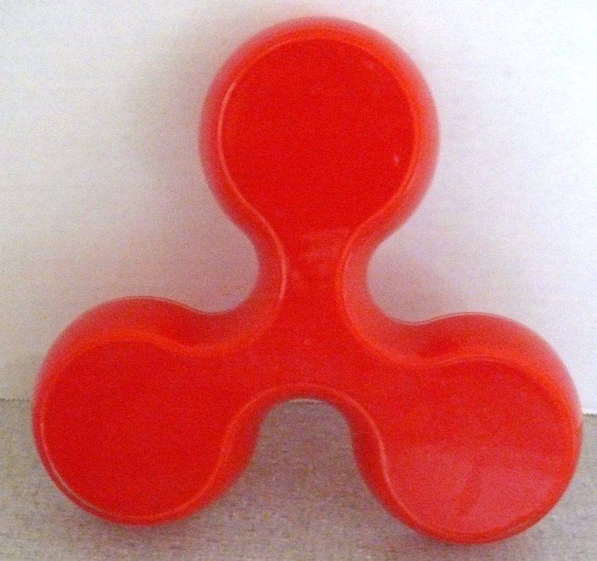 Red_candy_dish_odd_shape_2