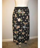 Sag Harbor Black Floral Skirt Size 12 NWT - $19.00