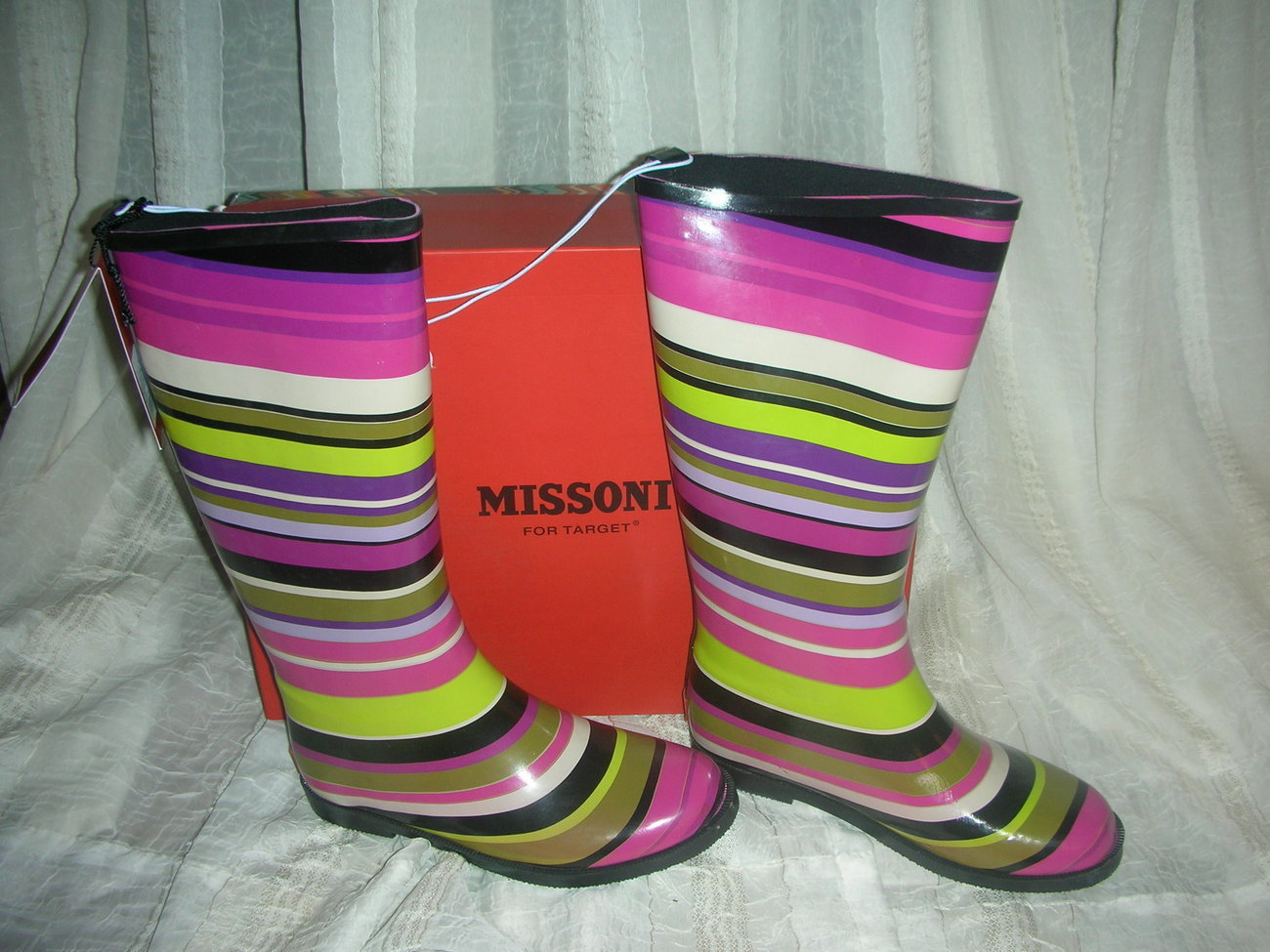 Missoni_for_target-girls-magenta_strips-rainboots__6_