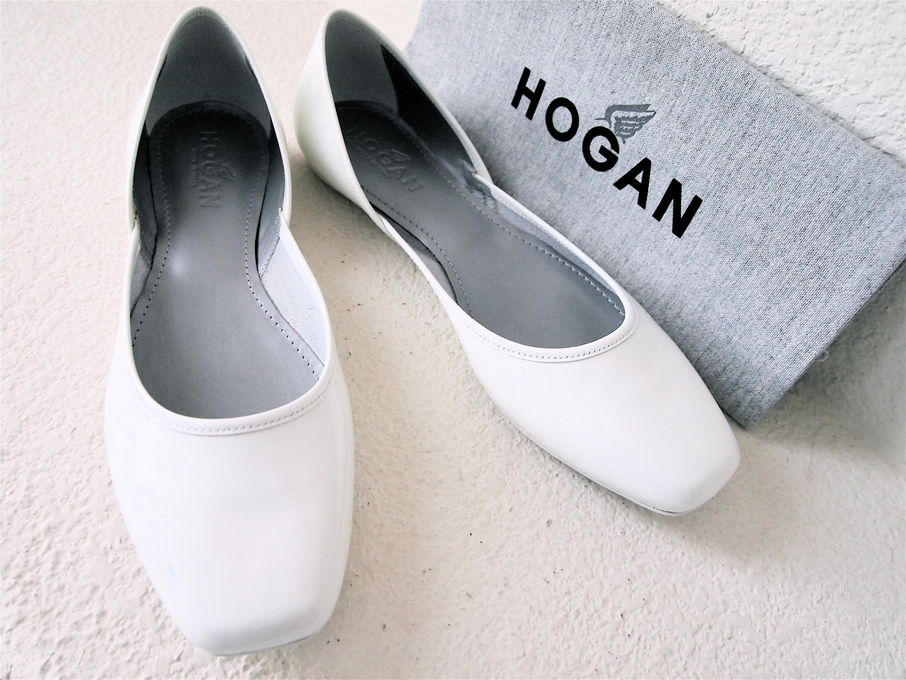 HOGAN Ballet Flats in White 8.5