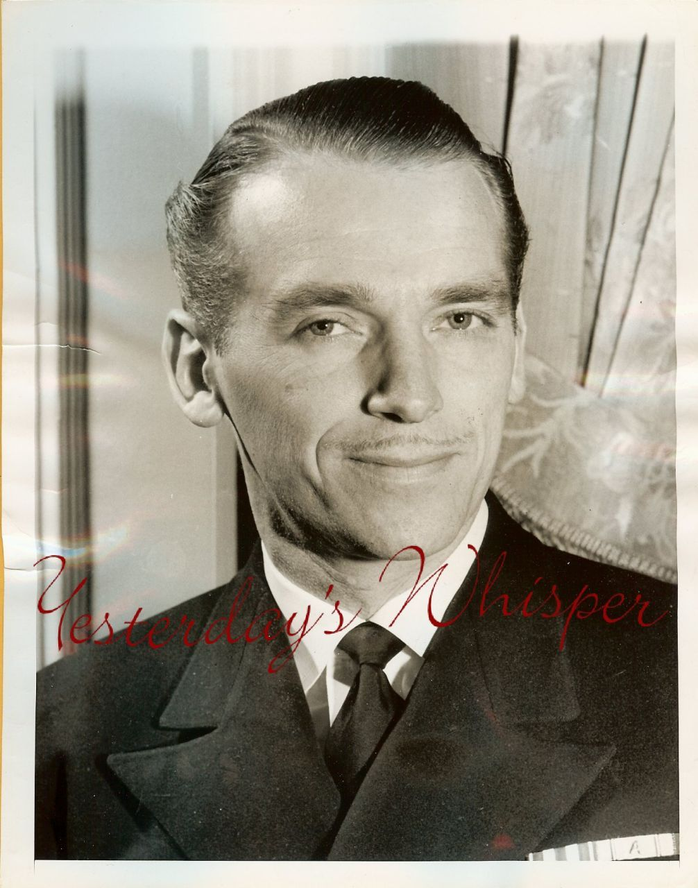 Lt. Comm. Douglas FAIRBANKS Jr. ORG Press PHOTO i25