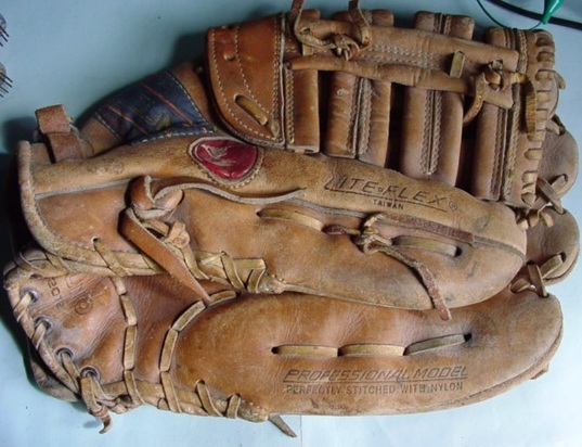 Baseballglove2