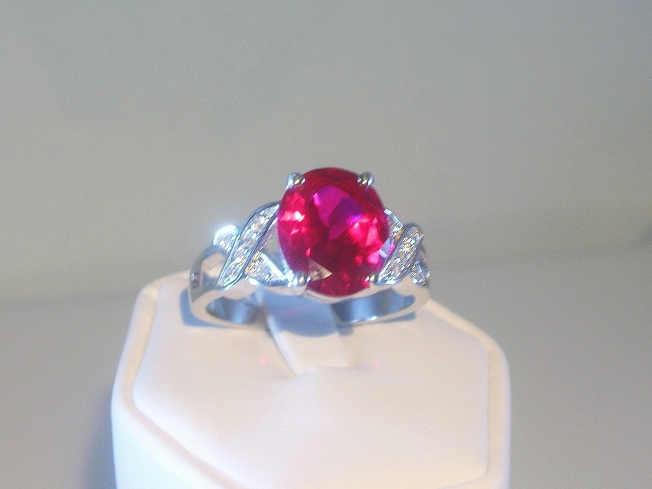 Oval-ruby-cubic_zirconia-__3_