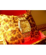 ONRICE FIELD LADIES WATCH in Gift box *New* - $7.00