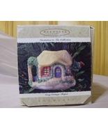 Hallmark Cozy Cottage Teapot 1995 Showcase Orna... - $5.99