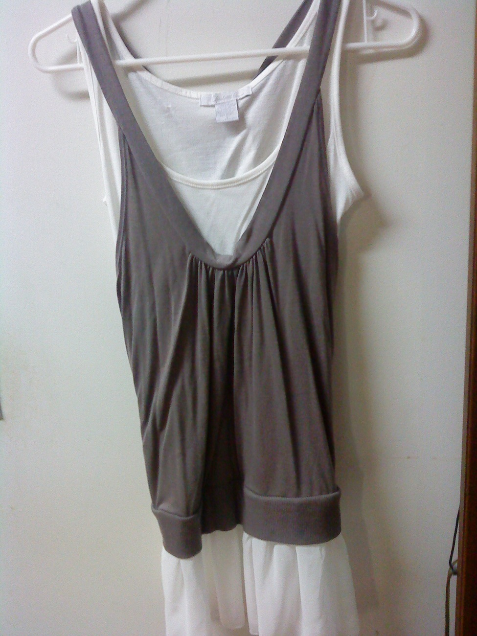 Charlotte Russe Sleeveless Twofer Gray White Layered Chiffon Top Size Small