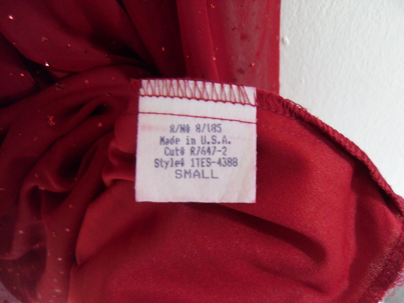 Red_shiny_dress_other_label