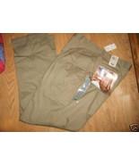Men Dockers loose fit Beige Wrinkle Free Dress ... - $21.99