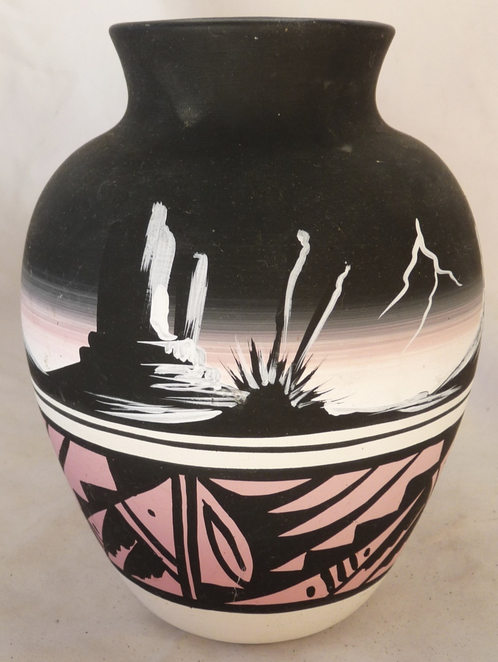 Navajo Indian Vase Native American Signed Pottery Signed