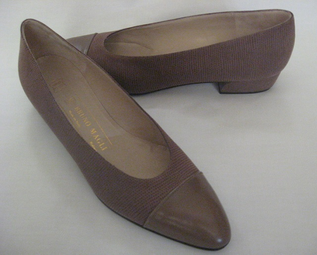 Bruno_magli_womens_shoes_pumps_flats_size_8_brown