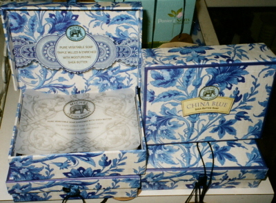 China Blue Box of 2 Bar Soaps