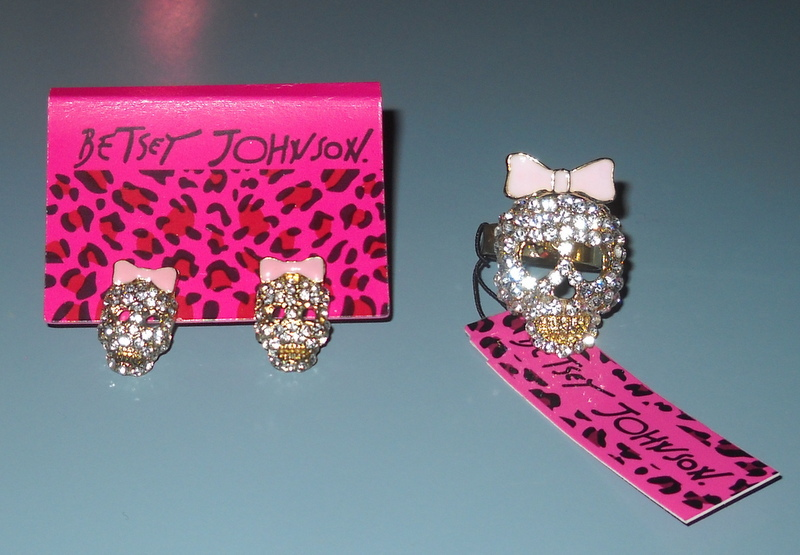 Betsey-johnson-rhinestone-skull-ring-earrings-jewelry-set-pink-clear-gold