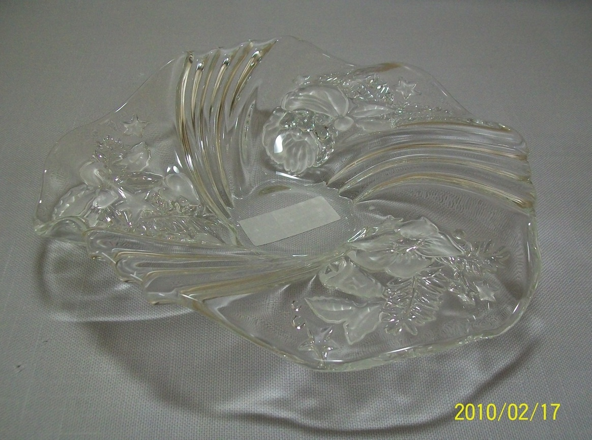 Crystal Clear Bonbon Bowl 9  Satin Frosted Design Holiday Fl
