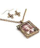 Atique Picture frame necklace and earring set - $15.00