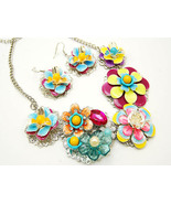 Gorgeous  3D chunky flower necklace set - $25.00