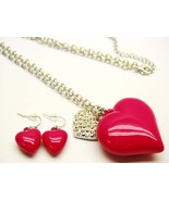 Chunky  3D Pink heart necklace set - $15.00