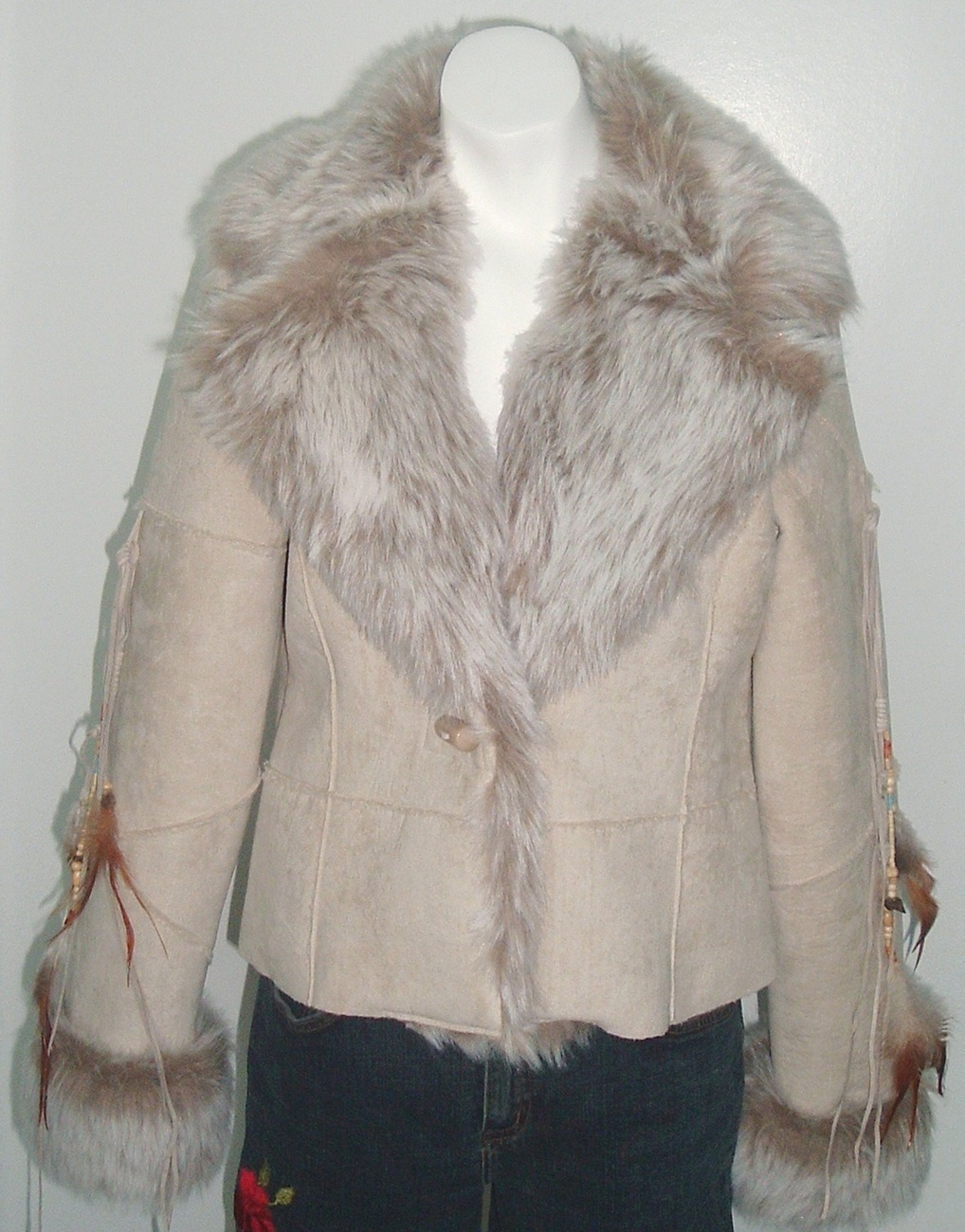 Faux Fur Southwest Style Feather Jacket Coat Size MEDIUM NWT