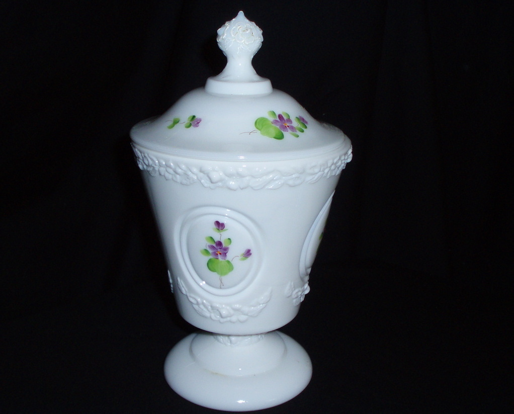 Fenton Violets in Snow Footed Candy Box medallions 8288 DV