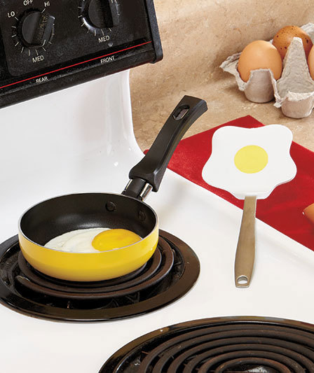 Image 1 of Mini Pan with Eggcellent Spatula