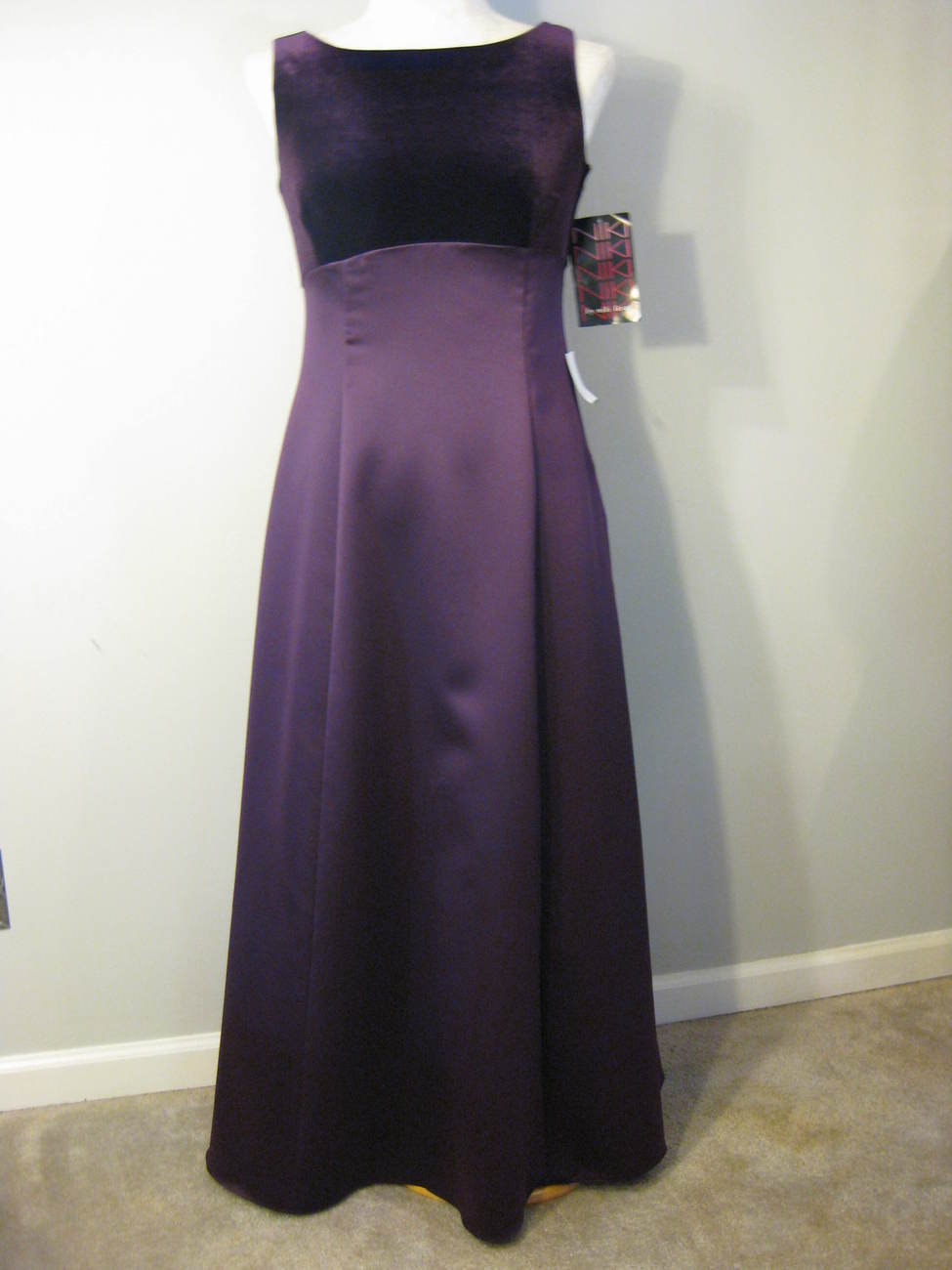 Satin  Velvet Formal Gown By Niki Livas Size 14