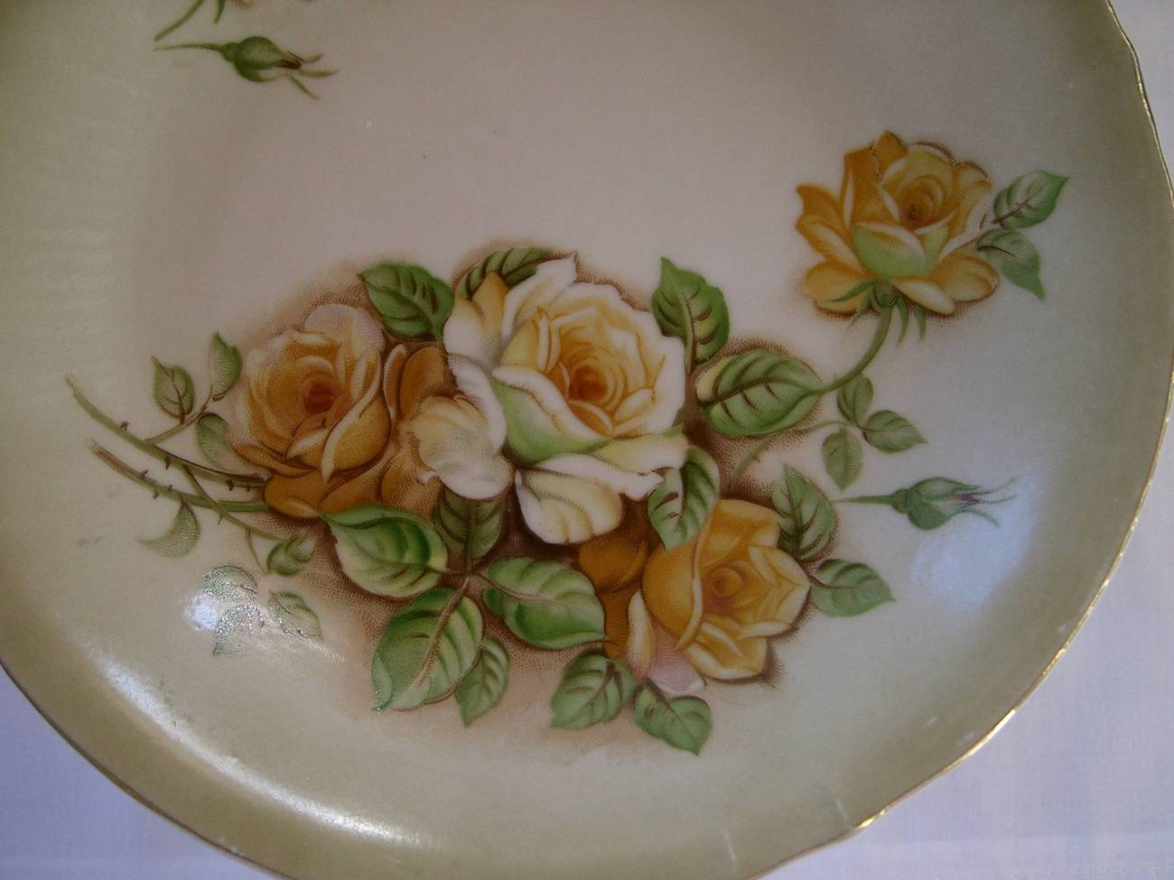 Pedestal_rose_plate_4