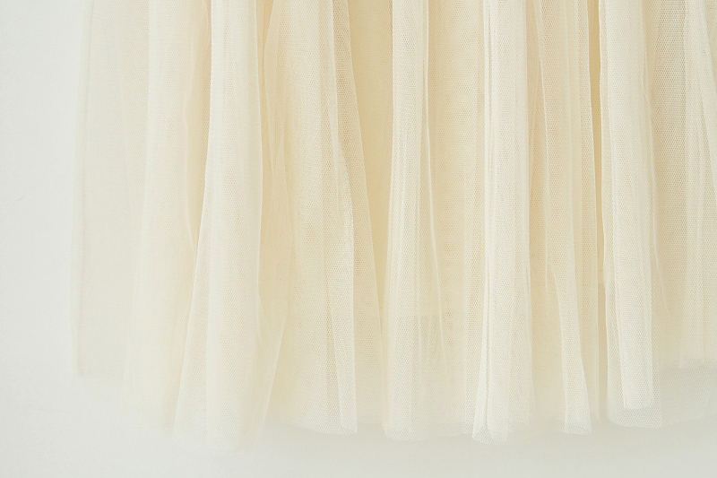 2012_spring_summer_mesh_skirt_cream_closeup