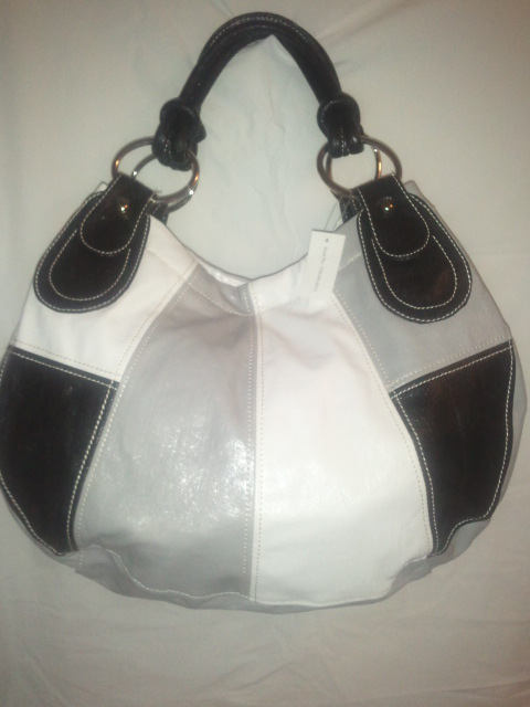NEW BLACK GRAY AND WHITE HANDBAG