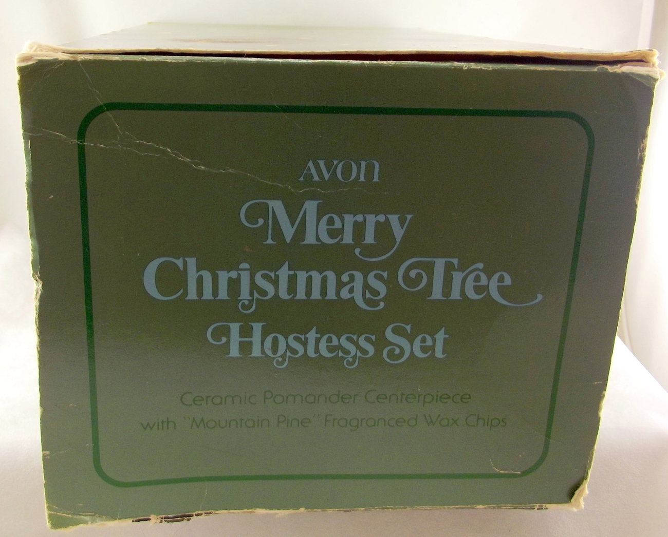 Avon_merry_christmas_tree_hostess_set_5
