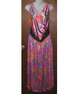 Beautiful Floral Adonna Full Lenght Nightgown S... - $24.99