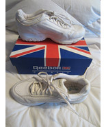 Womens Reeboks Classic Leather Athletic Shoes 8... - $38.00