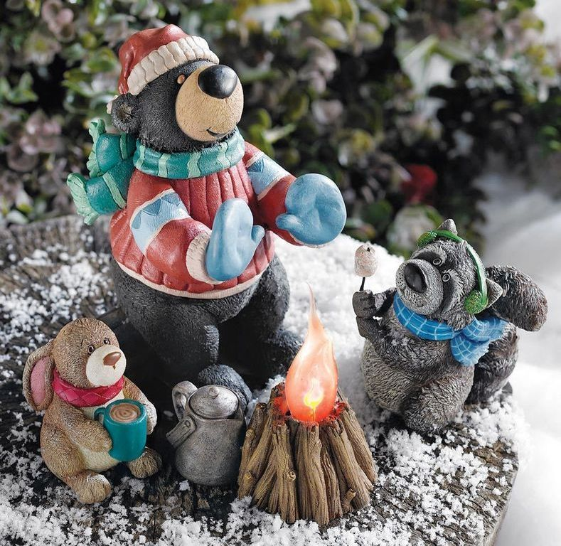 Image 0 of Woodlands Campfire Figurines Christmas Table Top