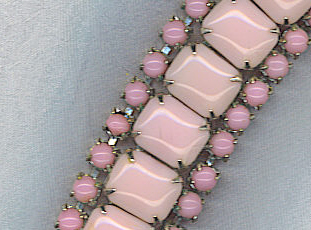 Beautiful Mauve Pink Links Vtg. Bracelet