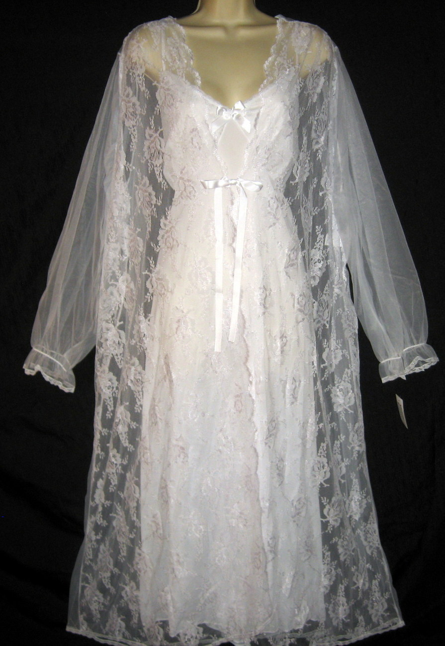 Plus Size White Bridal Peignoir and Long Nightgown 2X NWT