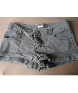 Mossimo Ladies Shorts Size 7 - $5.00