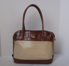 Dooney_and_bourke_handbag_purse_satchel_all_leather_thumb200