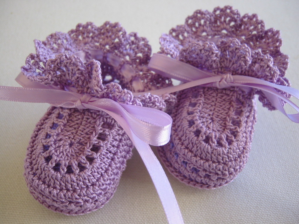 Unisex Baby Booties Free Crochet Pattern : Baby Girl Booties Free Pattern