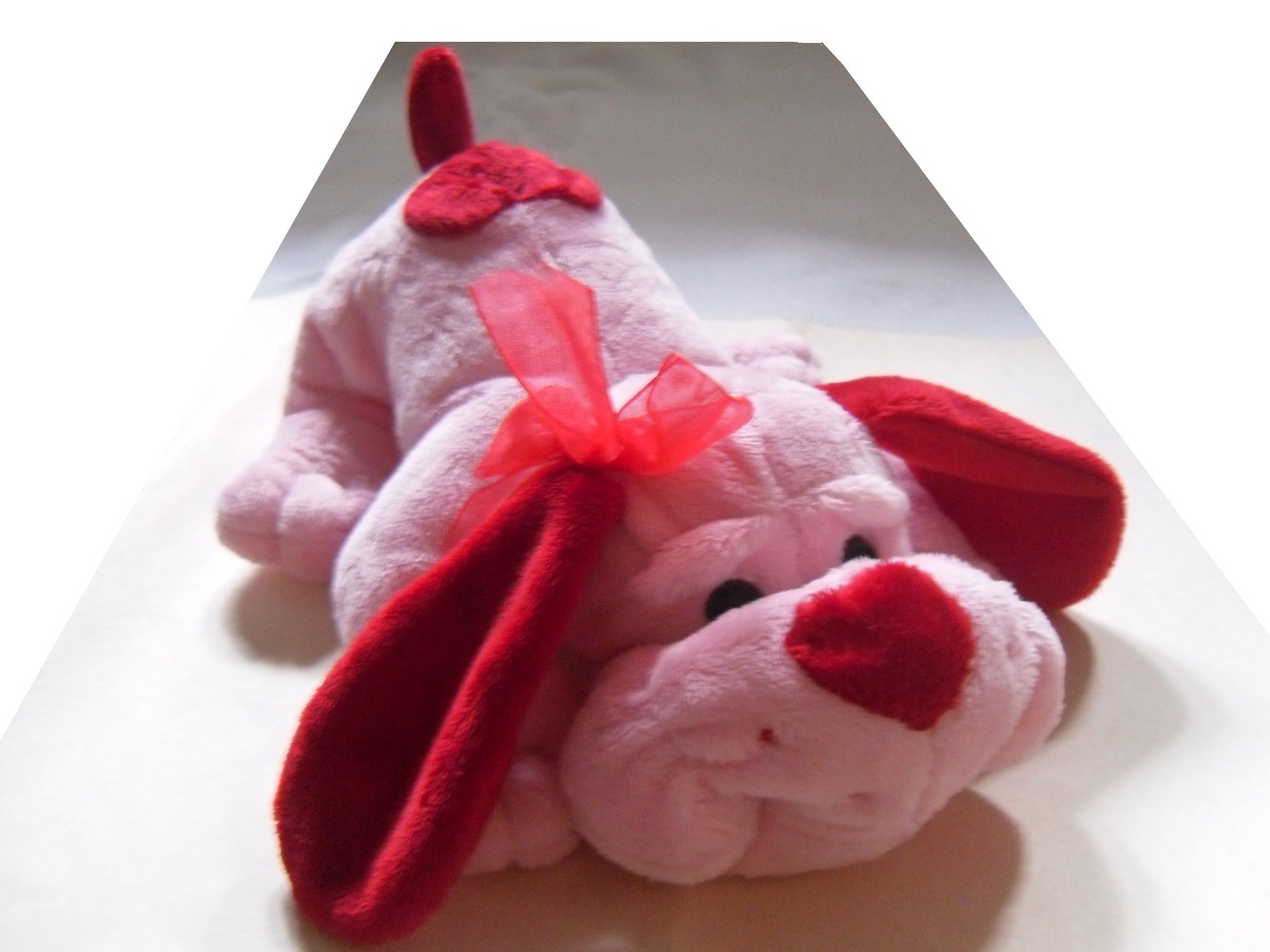 Pink_and_red_stuffed_dog_plushie_front_zoom