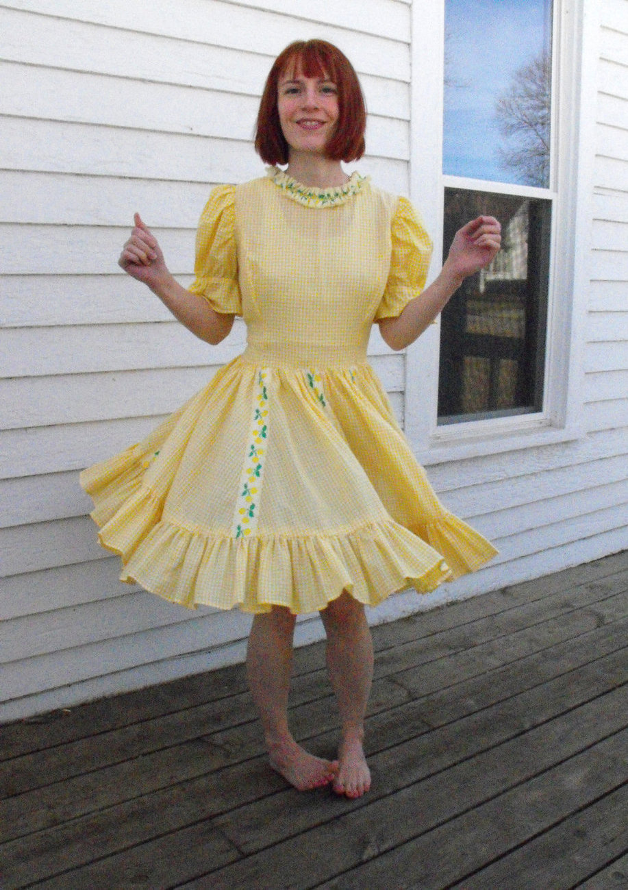 Vintage Yellow Gingham Dress Dancing Dance Rockabilly Lemons Print M
