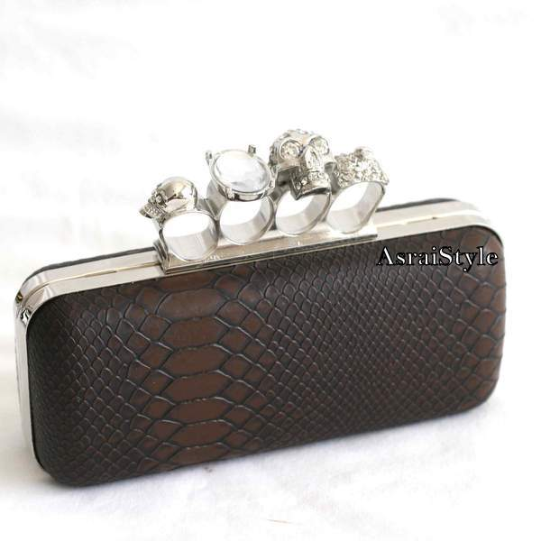 Knuckle Skull Duster Ring Clutch Purse