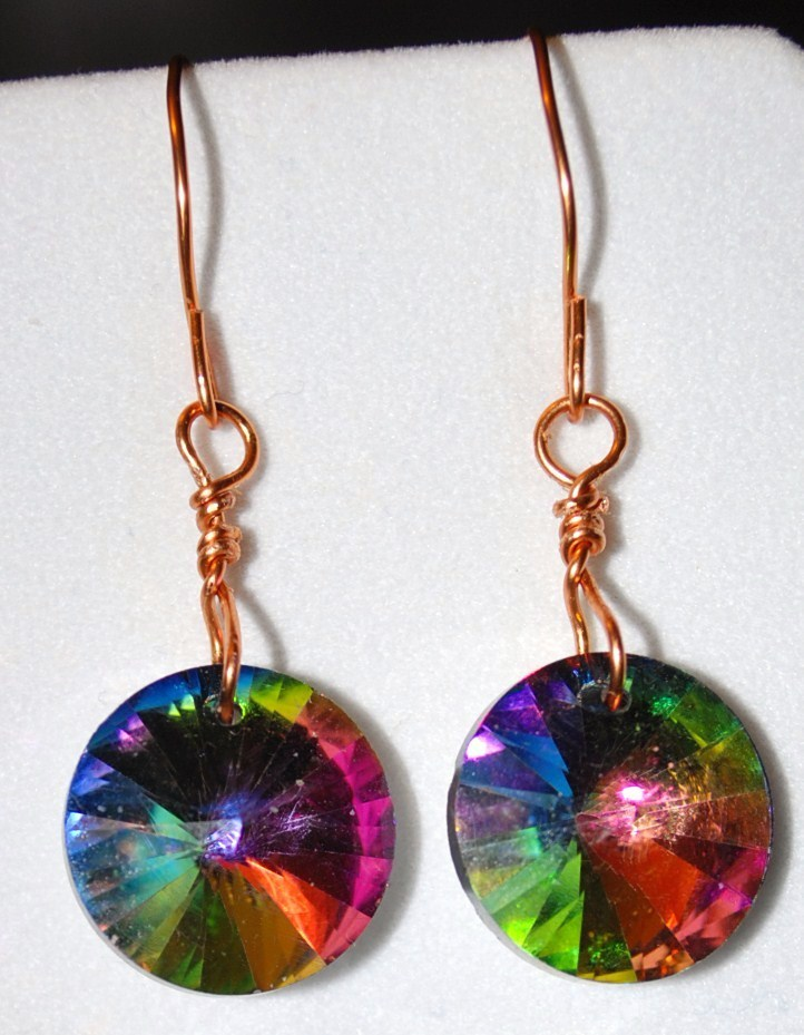 Vitrail_rivoli_earrings_hanging_photo2