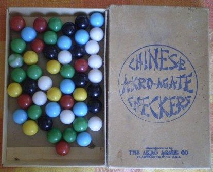 Akro Agate Chinese Checkers Game Marbles Box