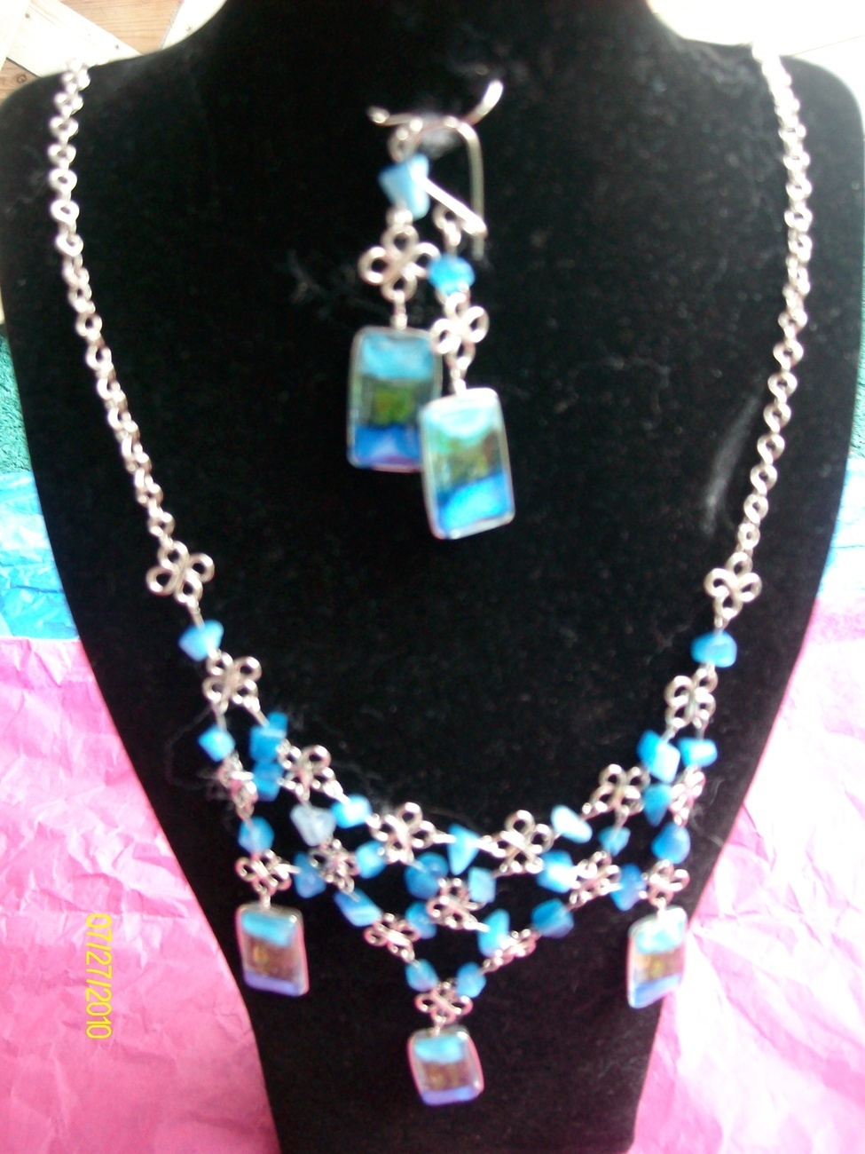 Blue Tri- Color Alpaca  Necklace w Earrings (R-2)