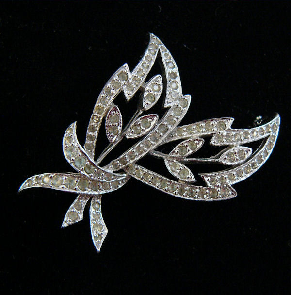 Polcini_brooch401-